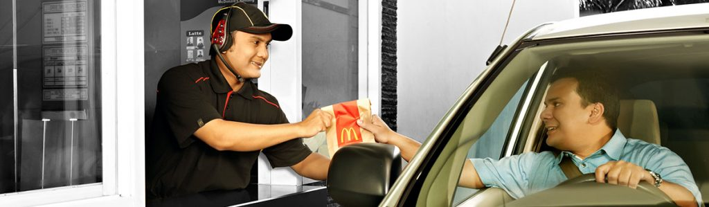 Alasan Mengapa Anda Perlu Membeli Makanan Secara Drive Thru di Mcdonalds